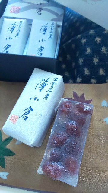 島根のお菓子「薄小倉」_c0124528_18593957.jpg