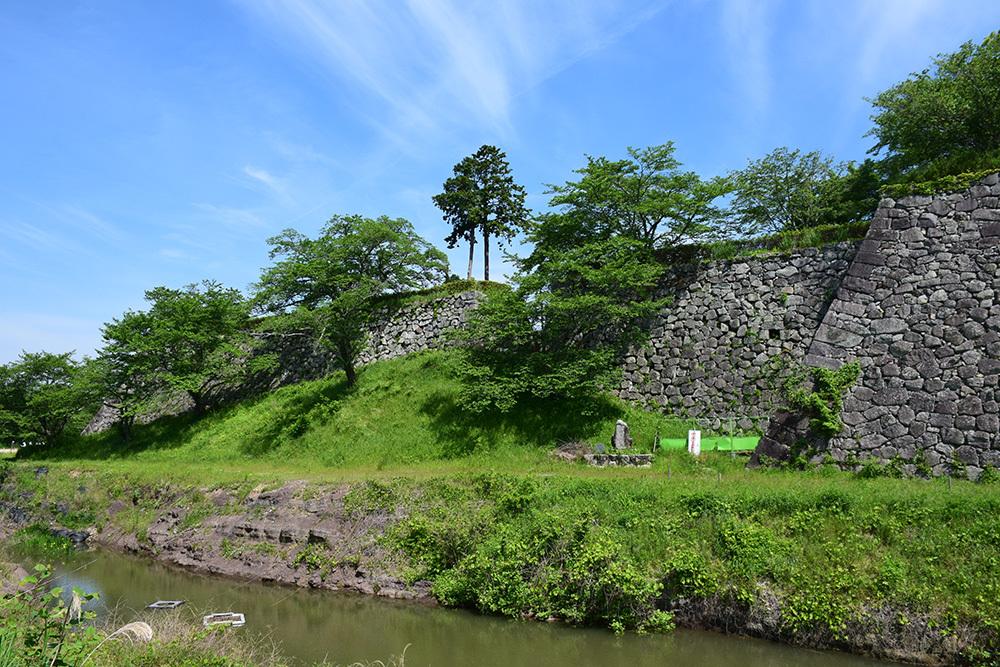 丹波国篠山城跡を歩く。 その1 ~内堀~_e0158128_15595580.jpg