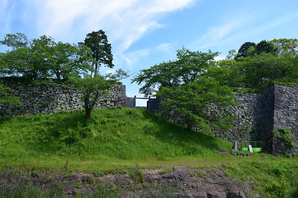 丹波国篠山城跡を歩く。 その1 ~内堀~_e0158128_16004089.jpg