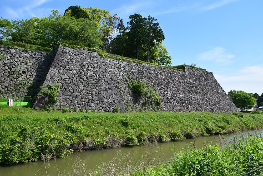 丹波国篠山城跡を歩く。 その1 ~内堀~_e0158128_16023666.jpg