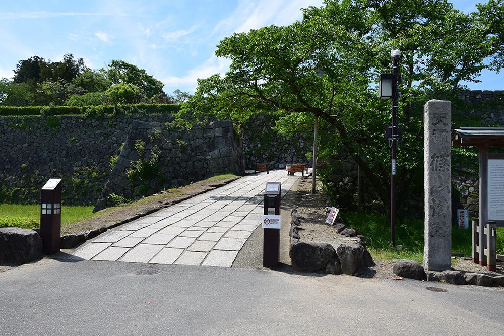 丹波国篠山城跡を歩く。 その1 ~内堀~_e0158128_16212505.jpg