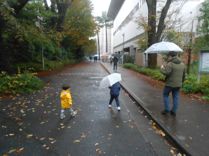 雨の学園祭で色々食べました〜。_a0095931_18175141.jpg