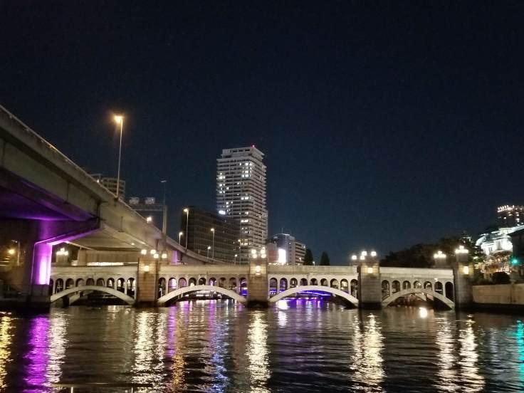 クリスマスは川の上も特別ですよ_a0137142_00171556.jpg