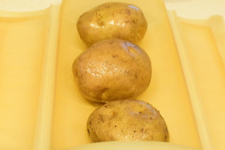 ポテトサラダとミートボールでクリスマス☆_f0318142_13414361.jpg
