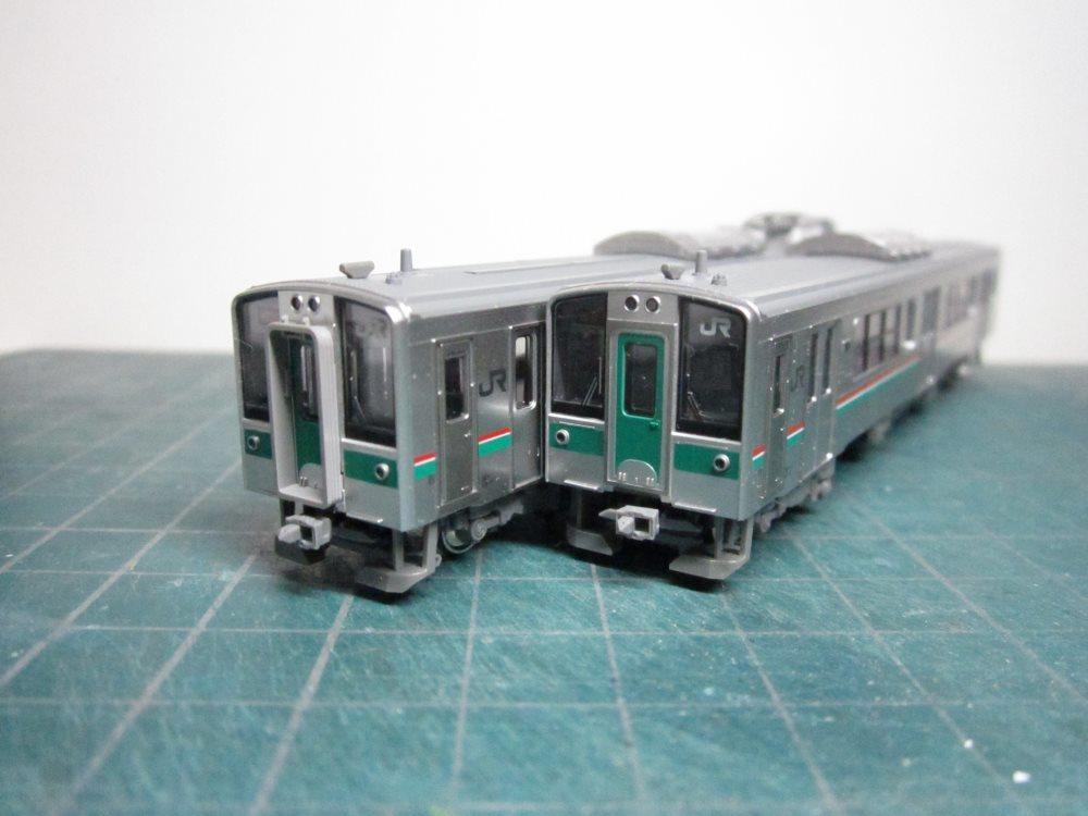 KATO 701系1000番台仙台色2輌セットをイジろう_e0120143_18051853.jpg