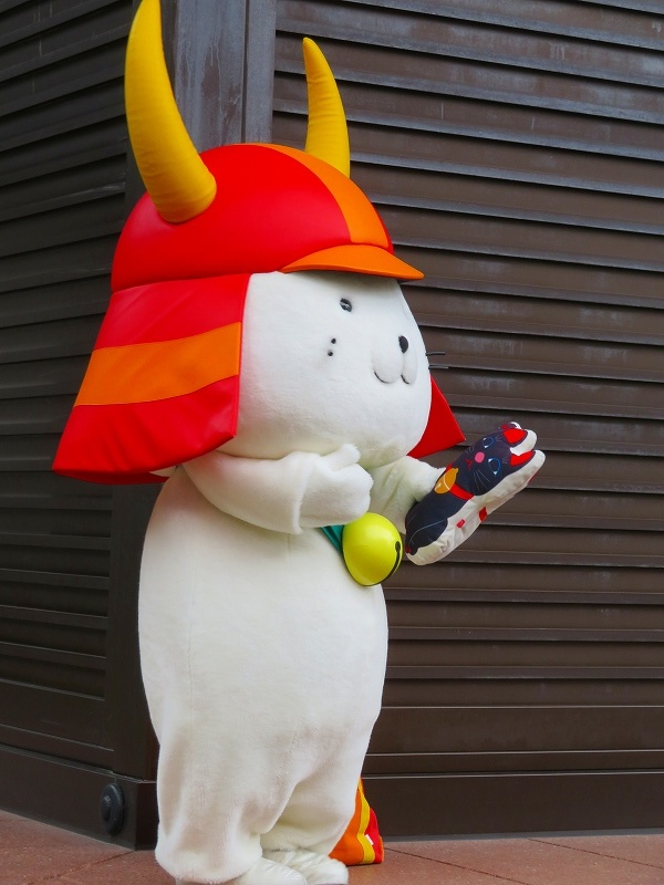 彦根城のマスコット「ひこにゃん」20191203_e0237645_22232800.jpg
