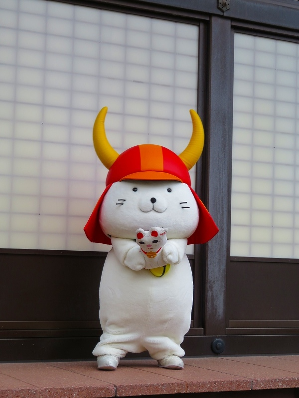 彦根城のマスコット「ひこにゃん」20191203_e0237645_22232827.jpg