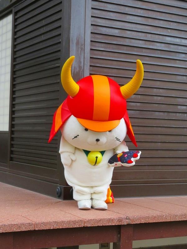 彦根城のマスコット「ひこにゃん」20191203_e0237645_22232974.jpg