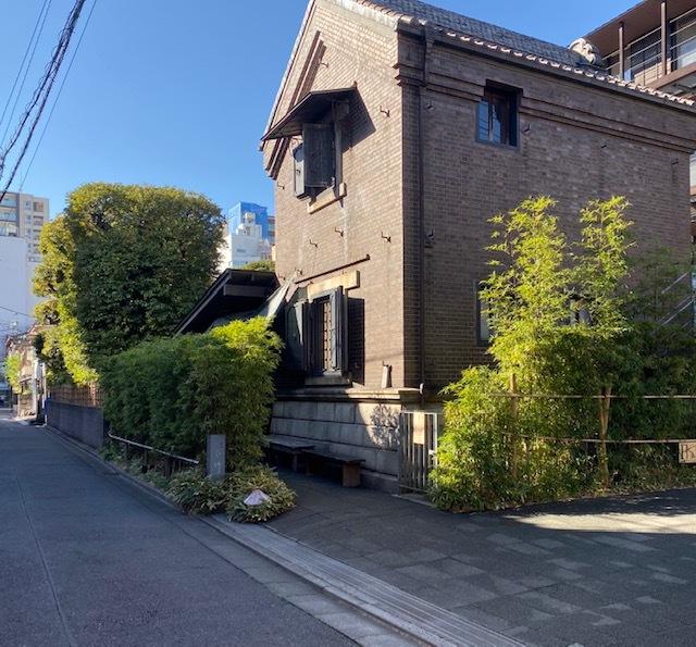 around walk  根津神社とその周辺_a0165160_17193836.jpg
