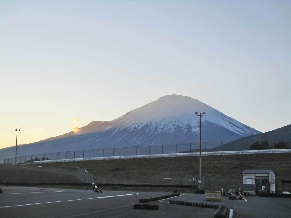 昨日は富士カートでK5サンが有言実行!!!ヽ(^。^)ノ_c0086965_15131630.jpg