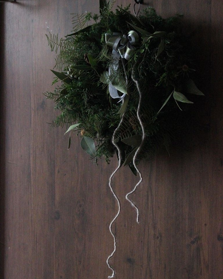 wreath_e0146469_16382081.jpeg