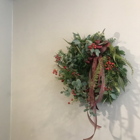 wreath_e0146469_16383233.jpeg