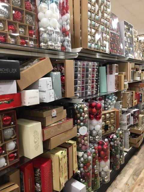 クリスマスの飾り物ーツリースカートなどなど_e0350971_12162740.jpg