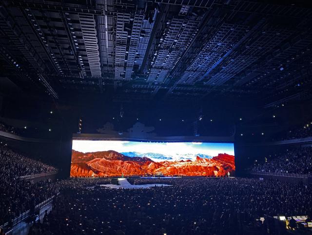 U2  THE JOSHUA TREE TOUR 2019    20191204  at Saitama-Super-Arena_c0005077_22315392.jpg