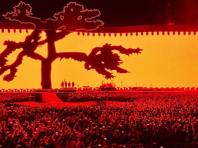 U2  THE JOSHUA TREE TOUR 2019    20191204  at Saitama-Super-Arena_c0005077_22451944.jpg