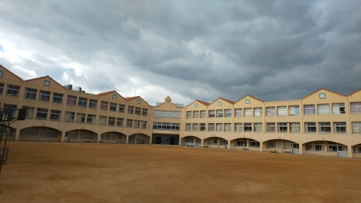 小学校でのガムラン特別授業_e0017689_15220827.jpg