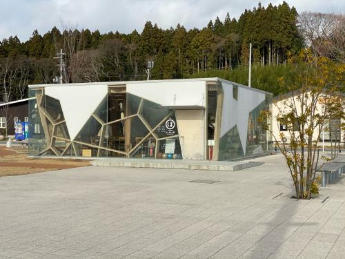 陸前高田市復興建築見学 1_e0054299_14174933.jpg