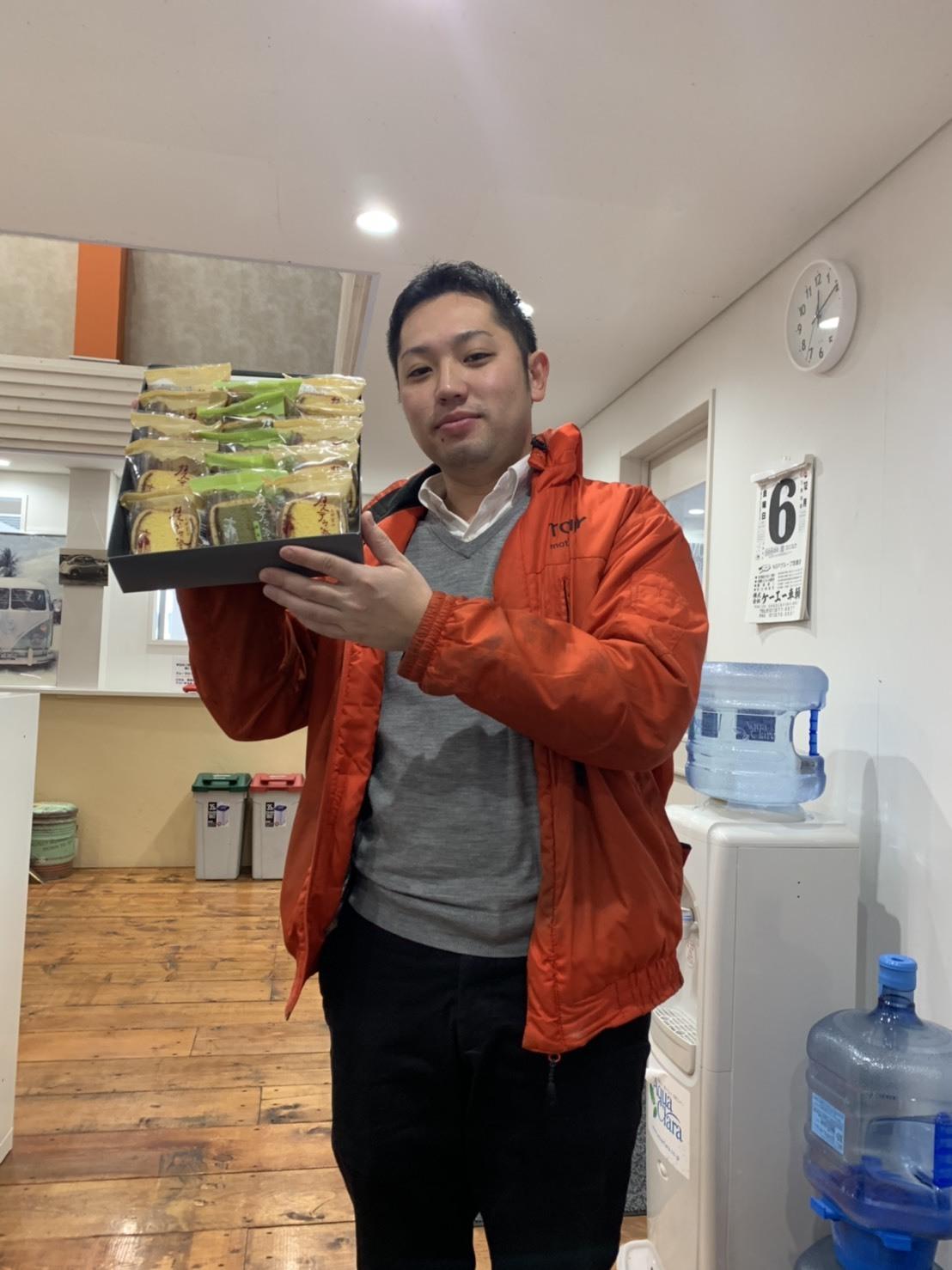 12月6日(金)トミーベースブログ☆カスタムカー☆レクサス♬スバル🎶フーガ♬クラウン🎶フォレスター☆レガシィ♬ローンサポート♬自社ローン_b0127002_15052053.jpg