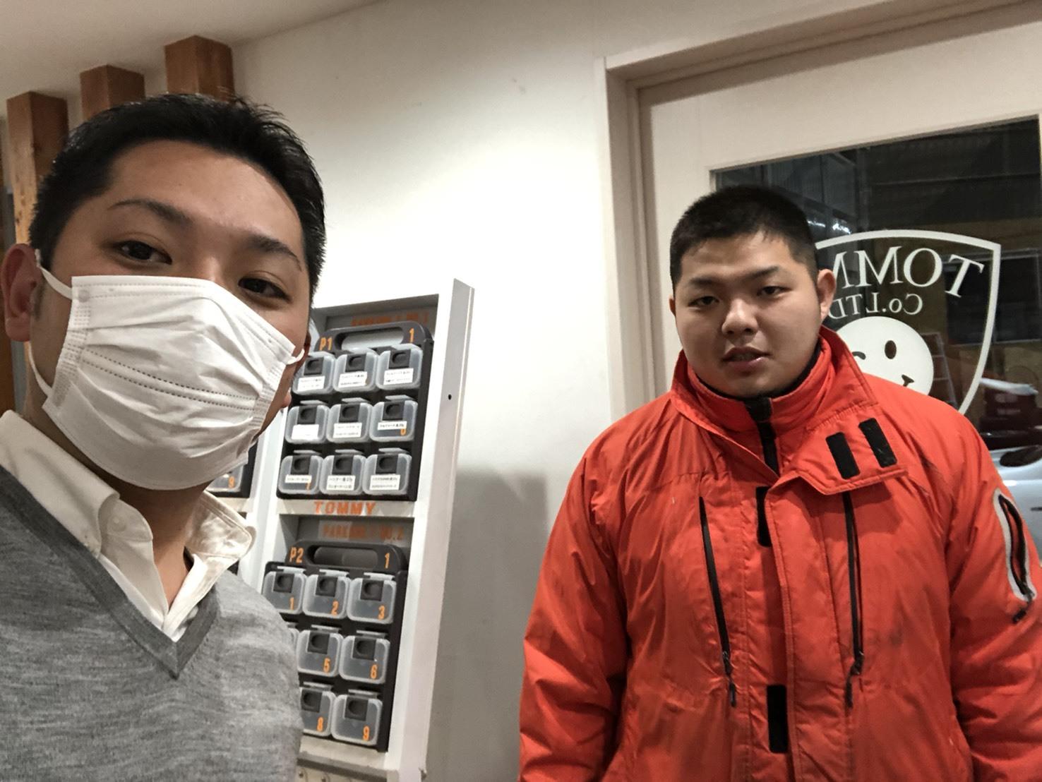 12月6日(金)トミーベースブログ☆カスタムカー☆レクサス♬スバル🎶フーガ♬クラウン🎶フォレスター☆レガシィ♬ローンサポート♬自社ローン_b0127002_19275869.jpg