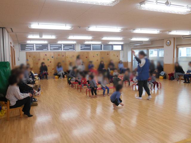 くま組 保育参観と給食懇談会_e0148419_15542572.jpg