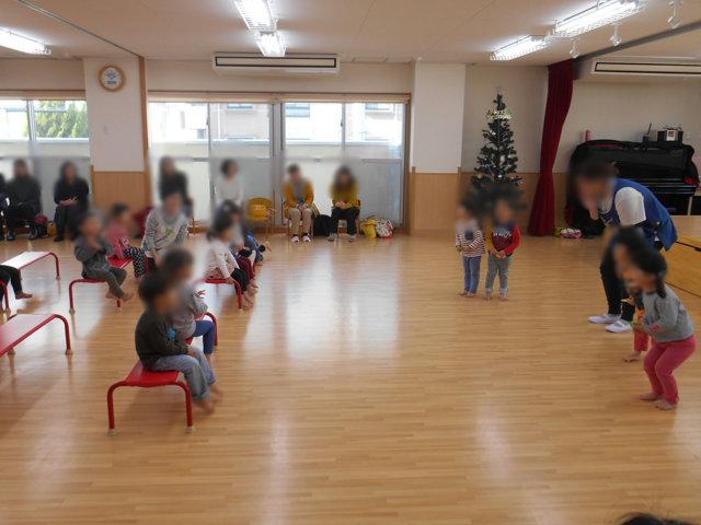 くま組 保育参観と給食懇談会_e0148419_15551145.jpg