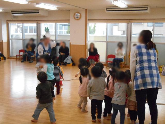 くま組 保育参観と給食懇談会_e0148419_15571566.jpg