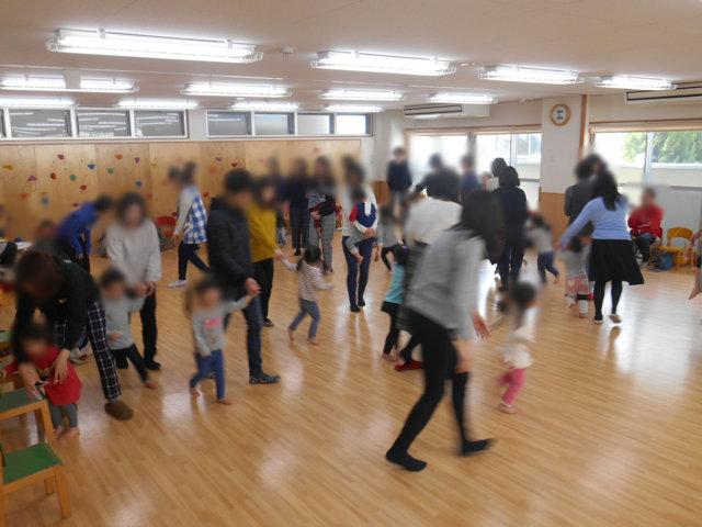 くま組 保育参観と給食懇談会_e0148419_15591480.jpg