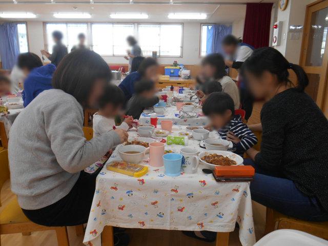 くま組 保育参観と給食懇談会_e0148419_1622073.jpg