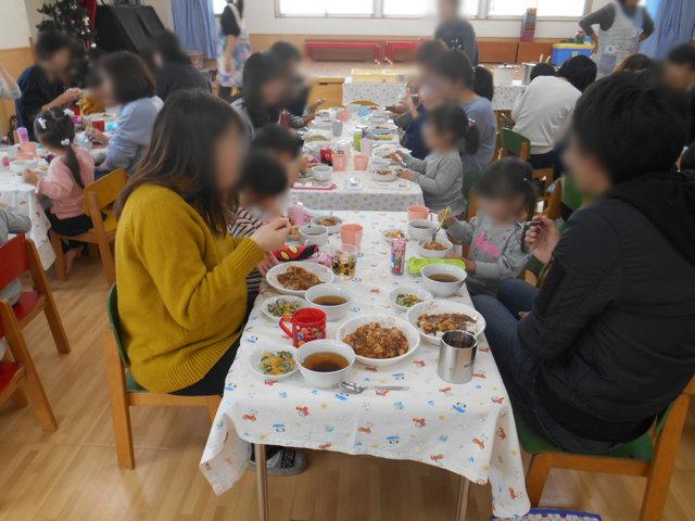 くま組 保育参観と給食懇談会_e0148419_162363.jpg