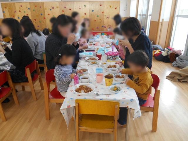 くま組 保育参観と給食懇談会_e0148419_1625165.jpg