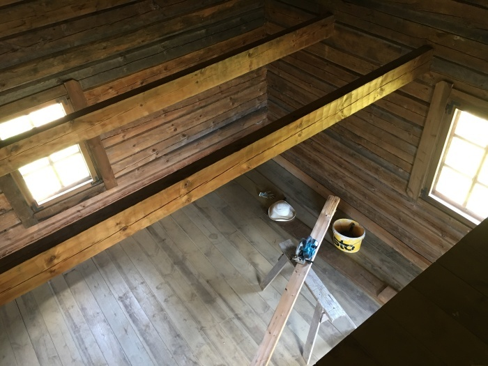 ログハウス、内壁が整いました/ The Interior Walls Are Done At The Log Cabin_e0310424_11100513.jpeg