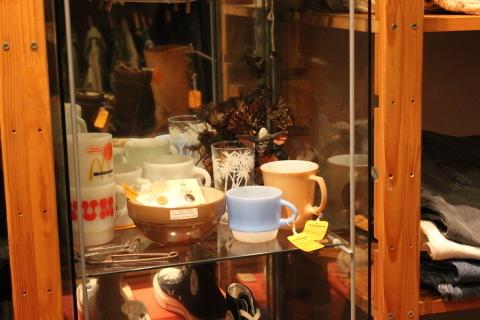 12月7日(土) 11:00より、アメリカ古着の店頭出しを行います。_f0191324_23372638.jpg