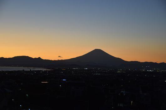 富士山きれいな一日_c0162128_23053990.jpg