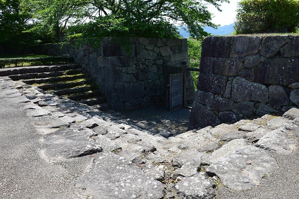 丹波国篠山城跡を歩く。 その2 ~二ノ丸~_e0158128_20324449.jpg