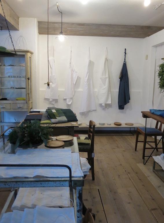 小さい部屋の12月 準備中_e0407037_15474168.jpg