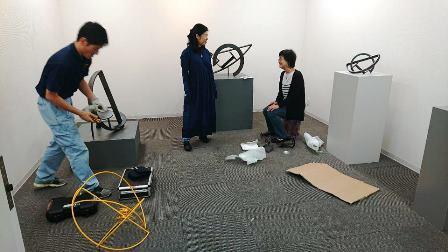 作業日誌(「武田亜希子展」作品(金属彫刻)運搬搬入作業)_c0251346_17174610.jpg