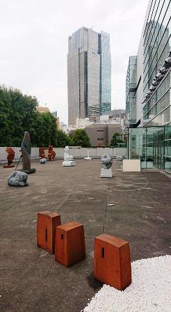 作業日誌(「第73回二紀会展」彫刻部作品搬入展示作業)_c0251346_17410210.jpg