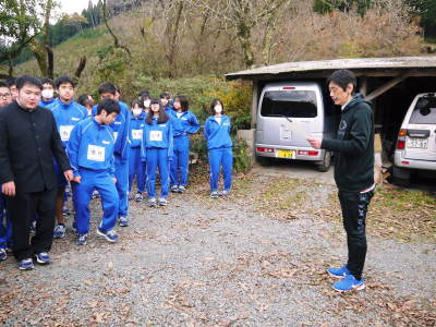 熊本県立菊池高等学校の生徒さんたちが研修にやってきました!(2019/後編)_a0254656_16514988.jpg