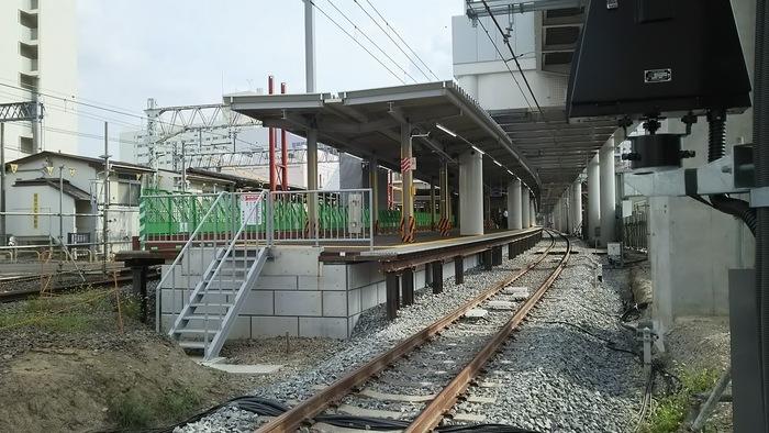 暫定駅舎ing_e0009056_12293374.jpg
