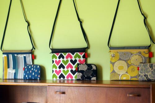 2019 gift setはサイズが選べる「wallet 」&「 sacoche」_e0243765_10352381.jpg