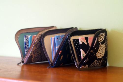 2019 gift setはサイズが選べる「wallet 」&「 sacoche」_e0243765_10364708.jpg