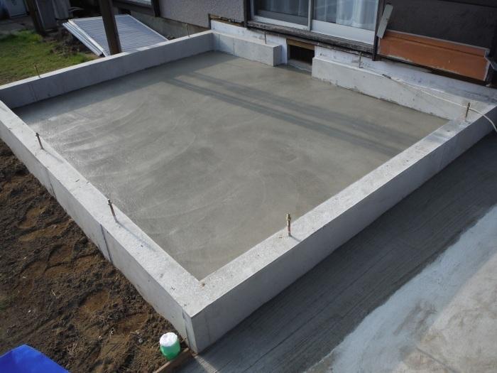 6畳間増築 ~ 基礎コンクリート打。_d0165368_04280893.jpg