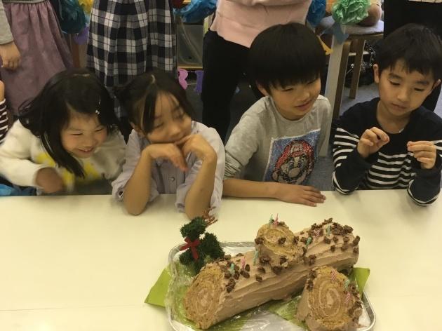12月のお誕生会とおしらせ_e0131910_10250820.jpg