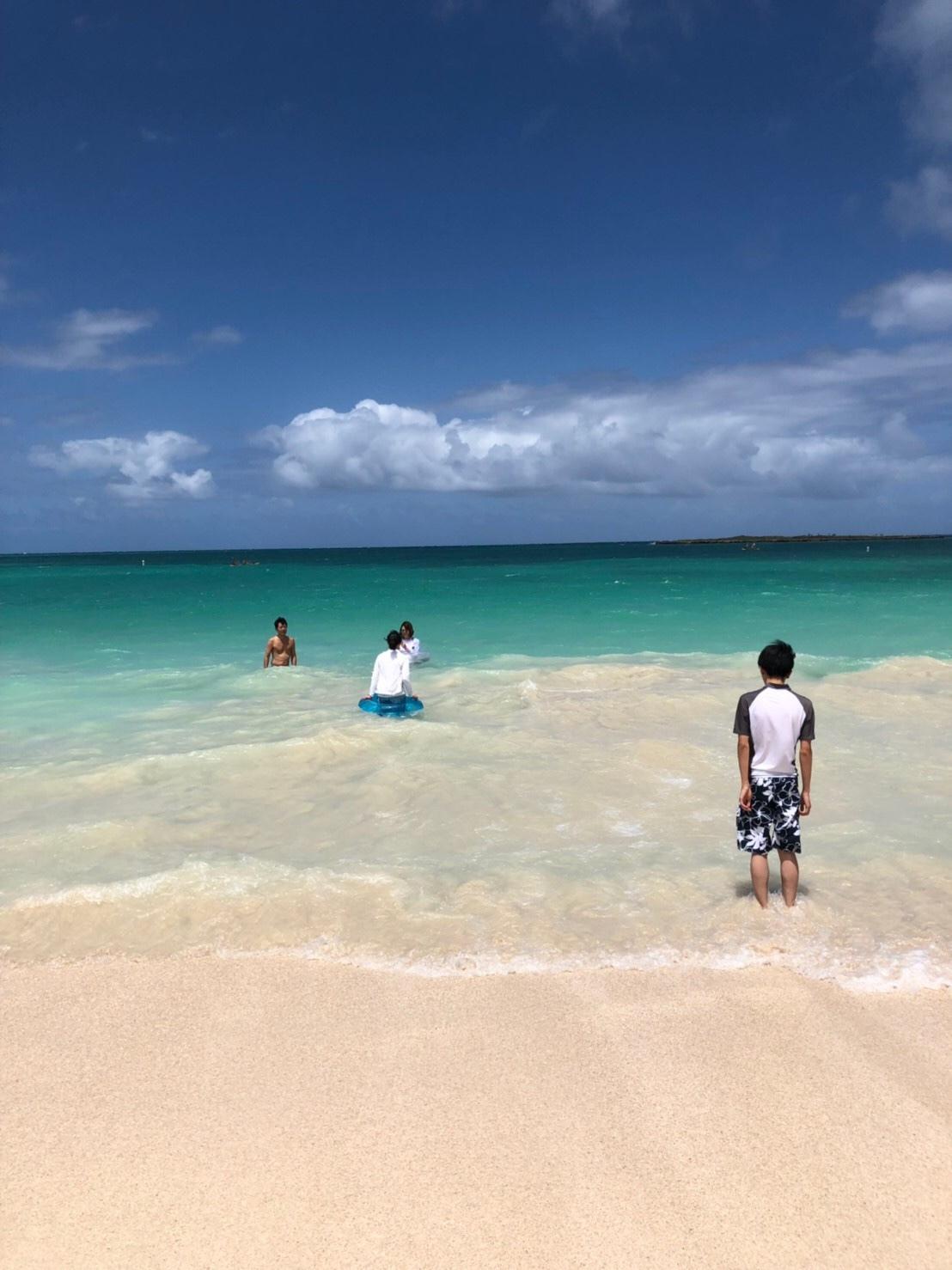 カイルアビーチでクラゲに刺された!!_a0293226_10361451.jpg