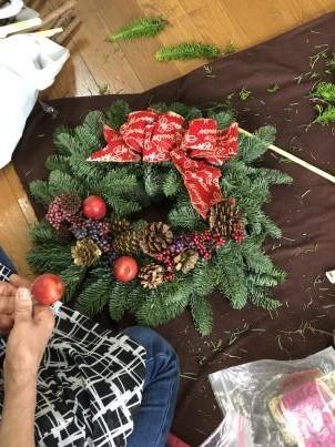 クリスマスリースの会_c0341450_13335494.jpg