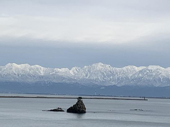 今日の雨晴海岸_c0327752_16132326.jpg