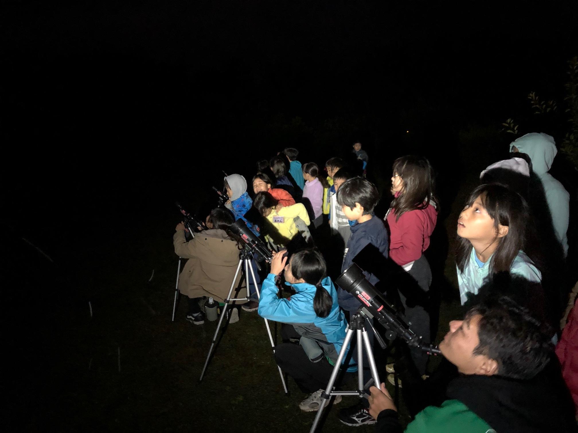 星空キャンプ〔2日目〕山の上のキャンプ場に到着。雨の切れ間に天体望遠鏡の練習だ!_d0363878_22584585.jpg