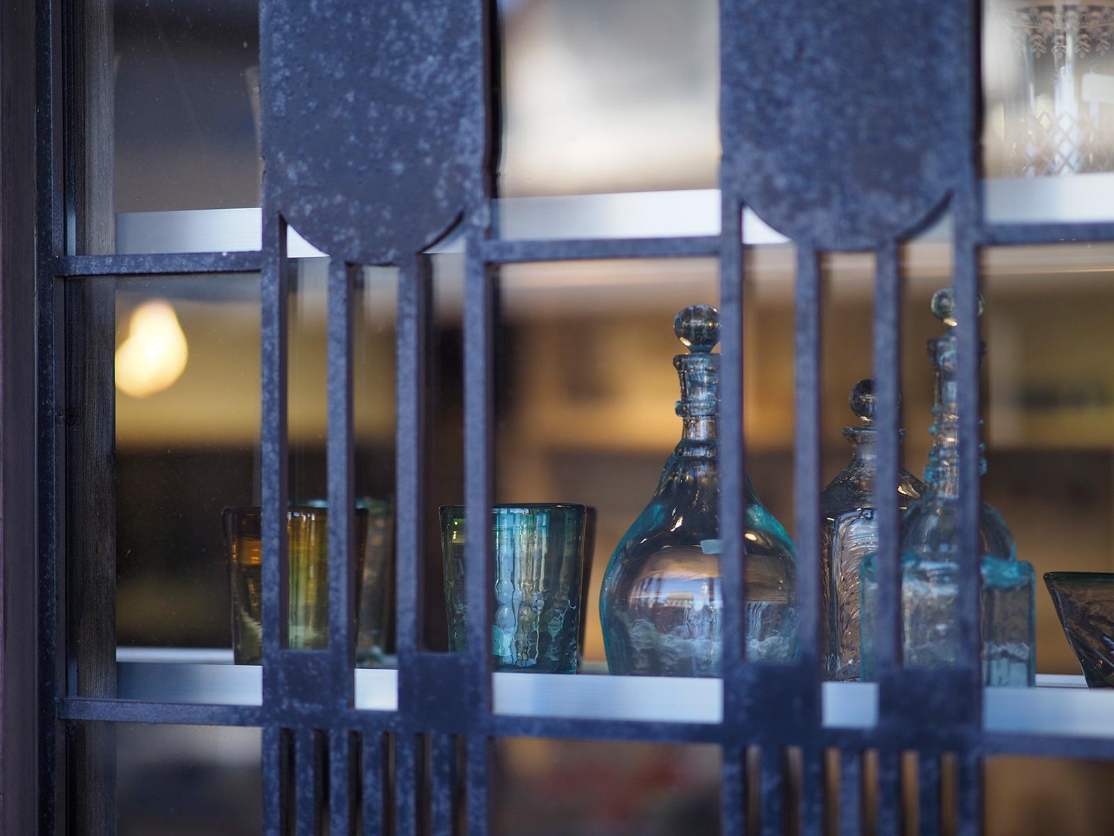 青い小瓶_f0121181_02405452.jpg