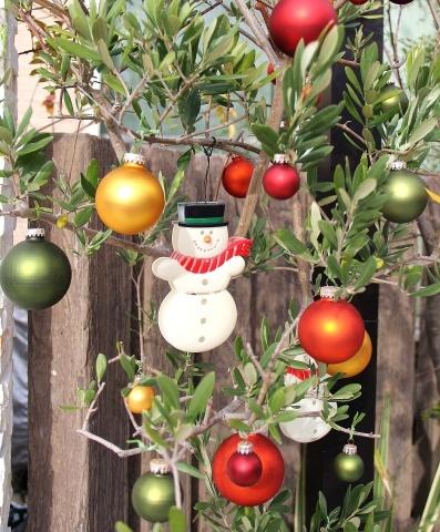 """◆Christmas! Christmas★""""・・・門扉まわり_e0154682_23490765.jpg"""