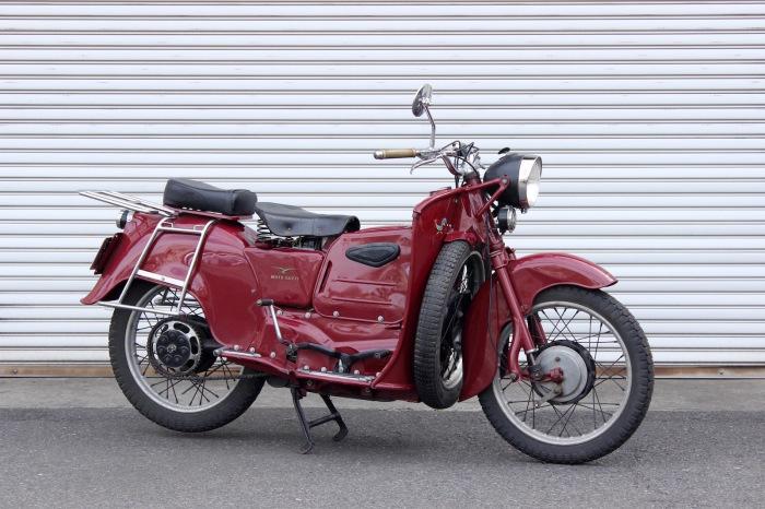 2台のMoto guzzi Galletto_a0208987_11300553.jpg